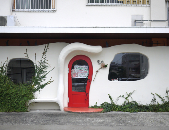 真っ赤なドア